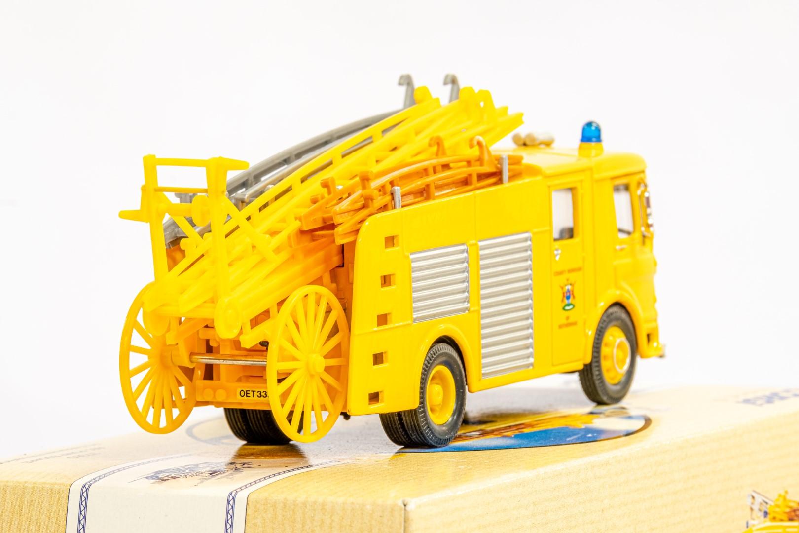 Corgi AEC Pump Escape - Rotherham Fire Brigade - Image 7 of 8