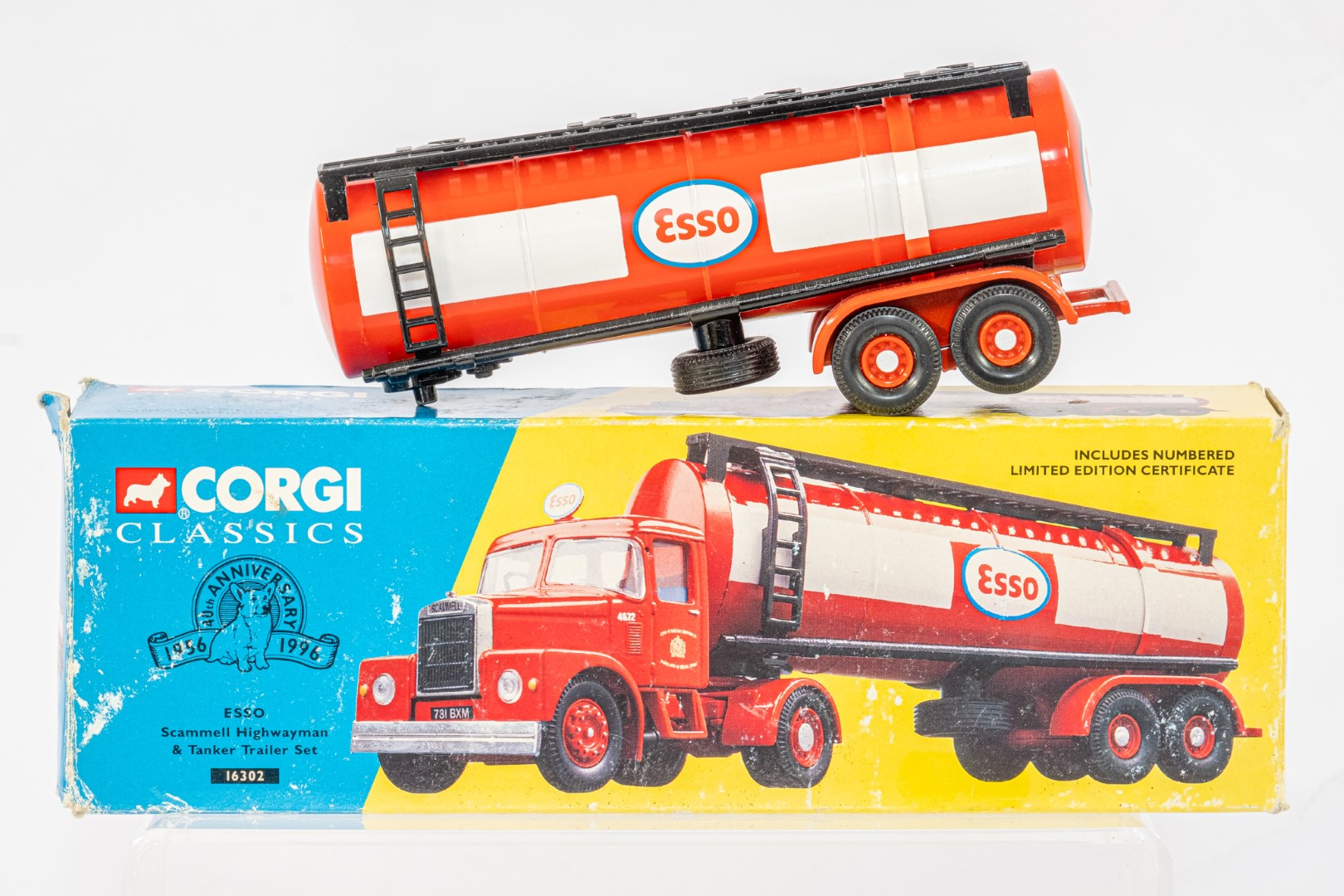 Corgi Esso Tanker Trailer & Albion With Flatbed & Load - Russell - In Wrong Box - Code 3 ? - - Image 2 of 5