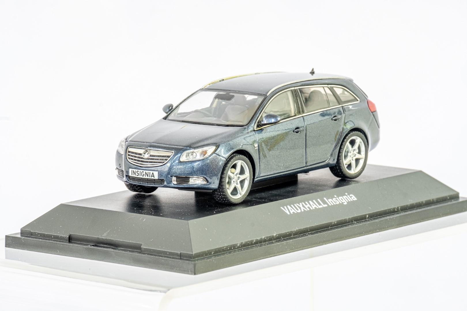2 x Boxed Car Models - Vauxhall Zafira & Insignia - Image 3 of 7