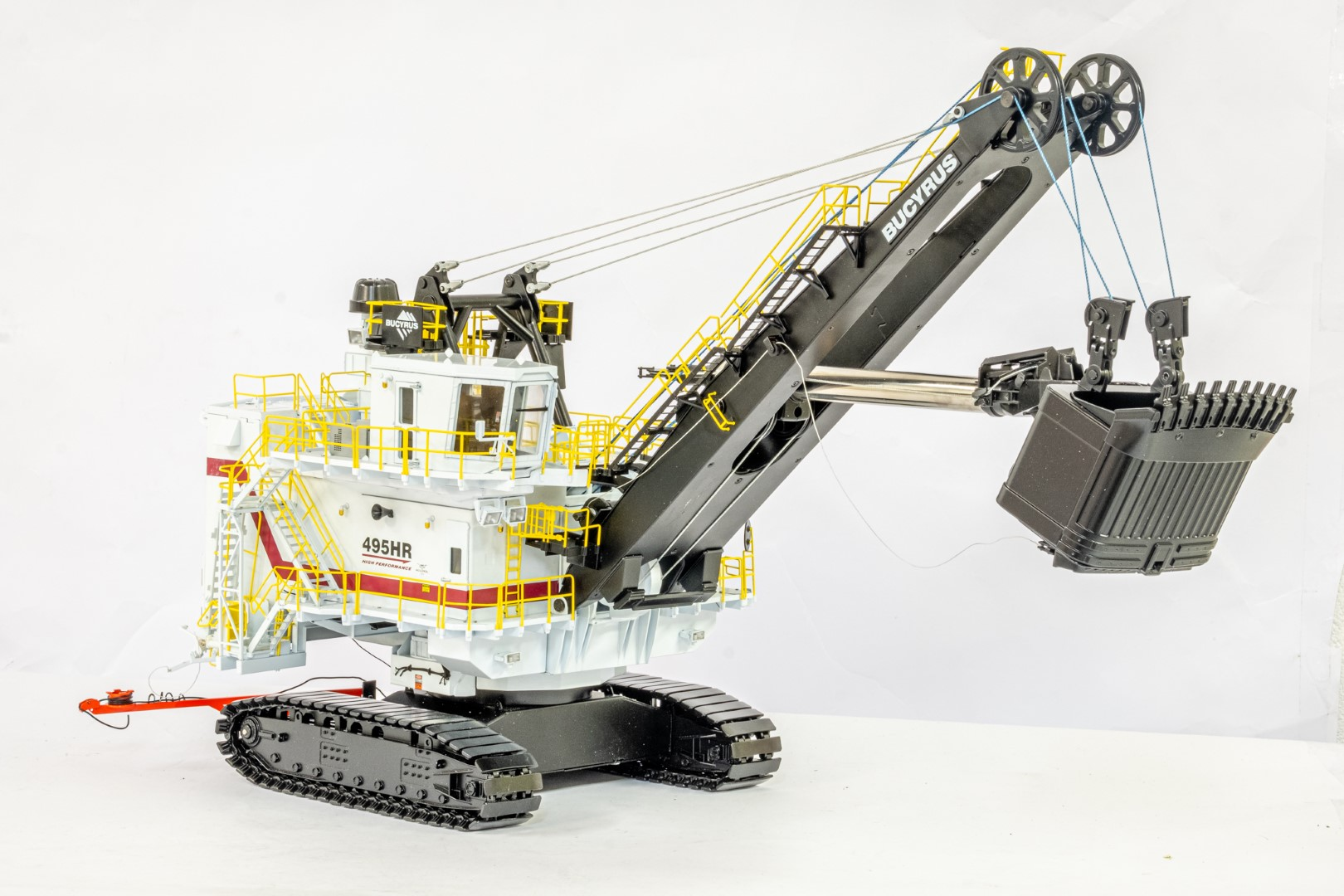 TWH Bucyrus 495HR Electric Mining Shovel - - Image 2 of 3