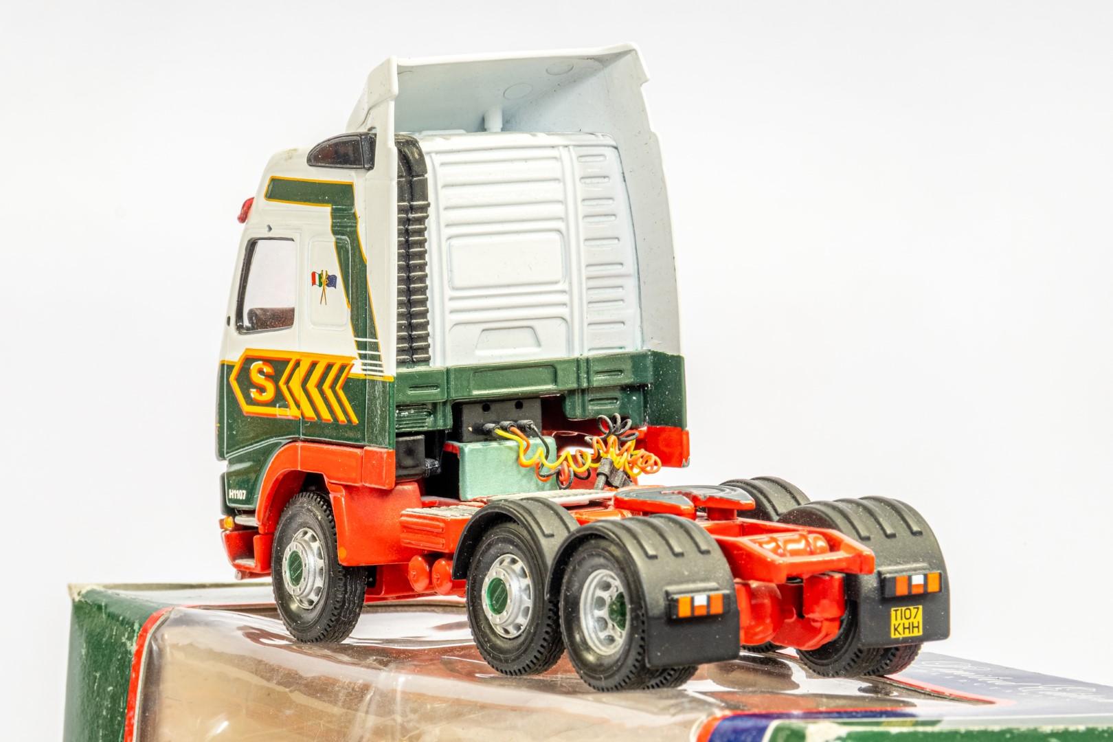 Corgi Volvo FH Tractot - Eddie Stobart Ltd - Image 5 of 7