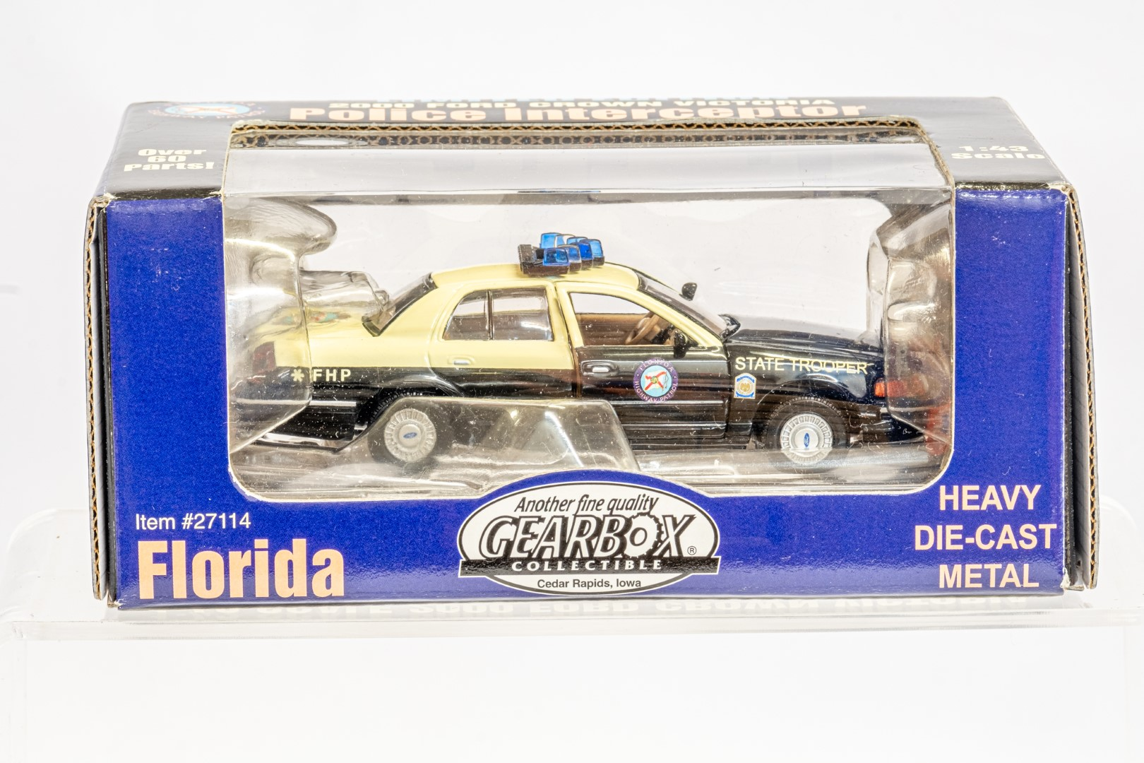 2 x American Police Cars - Image 8 of 12