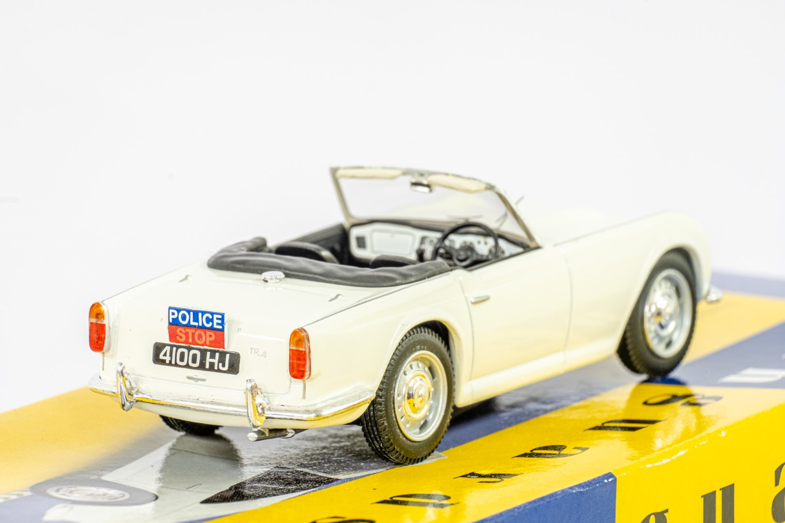 Vanguards Triumph TR4 - Southend On Sea Constabulary - Image 6 of 6