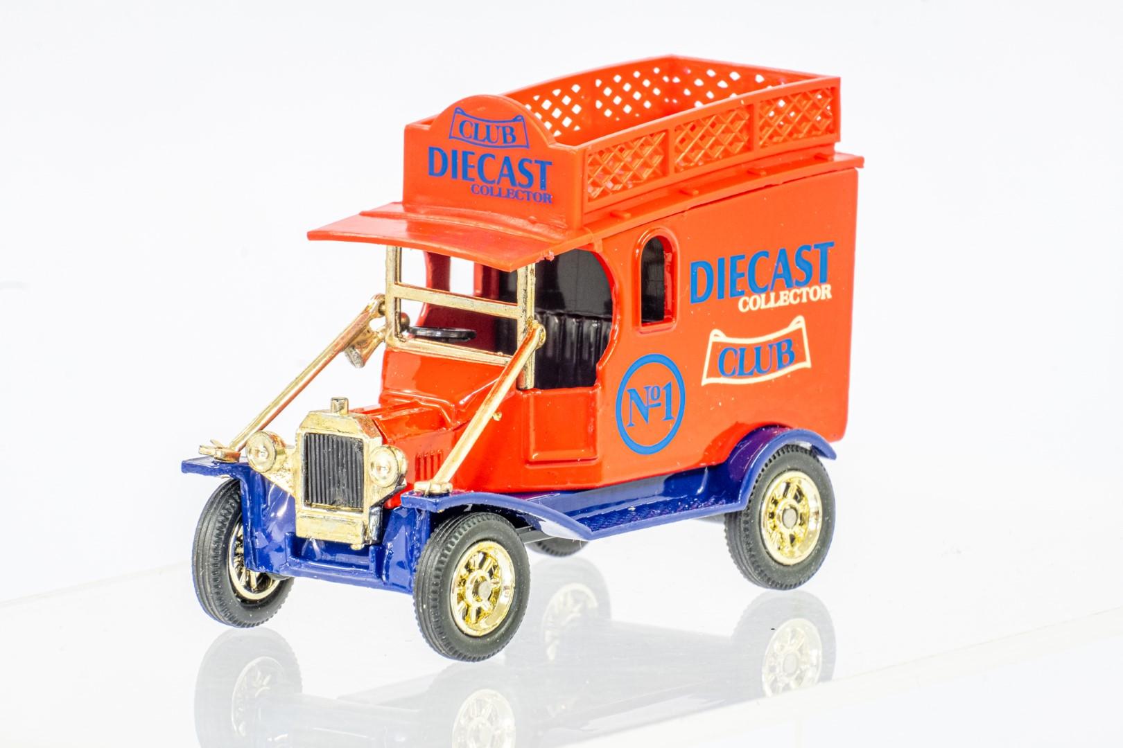 Corgi & Oxford Ford Popular Van & Model T Van - Image 7 of 8