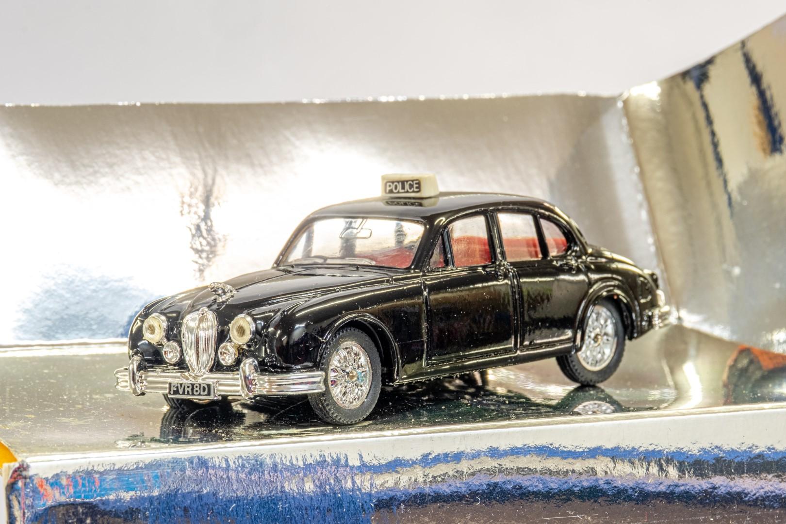 Corgi 1959 Jaguar MKII - Police - Image 4 of 4