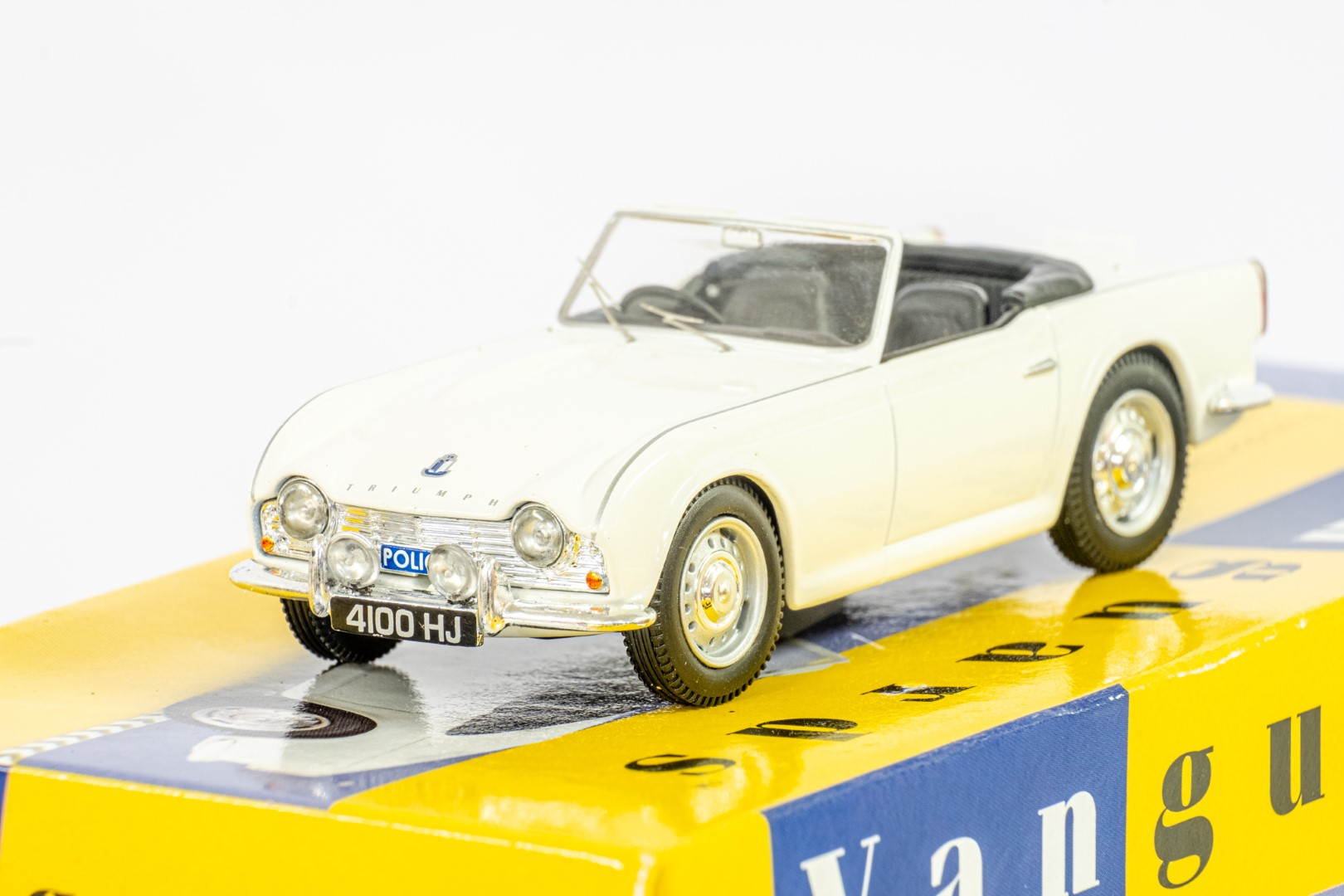 Vanguards Triumph TR4 - Southend On Sea Constabulary - Image 5 of 6