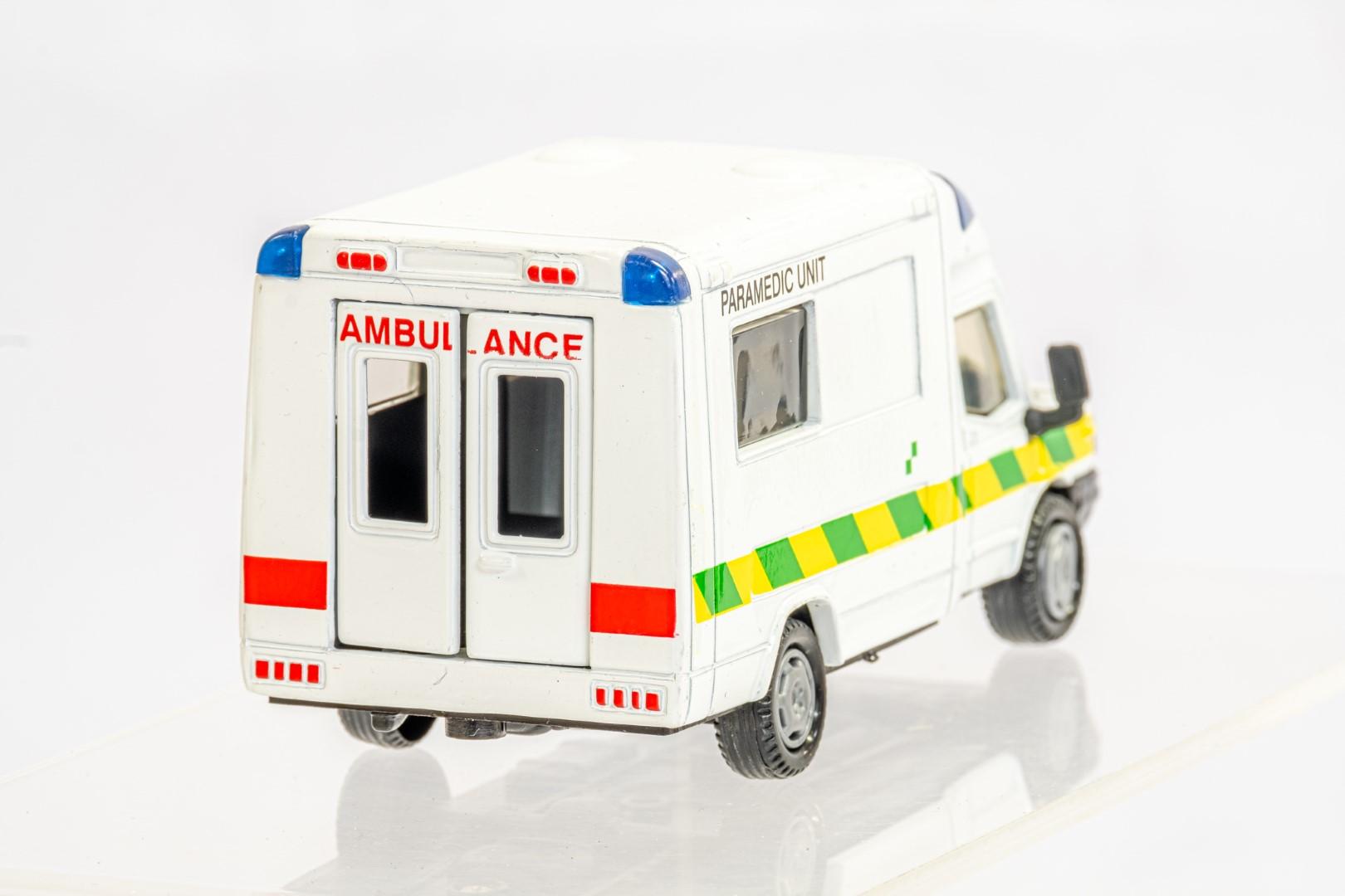 4 x Assorted Ambulance - Image 9 of 9