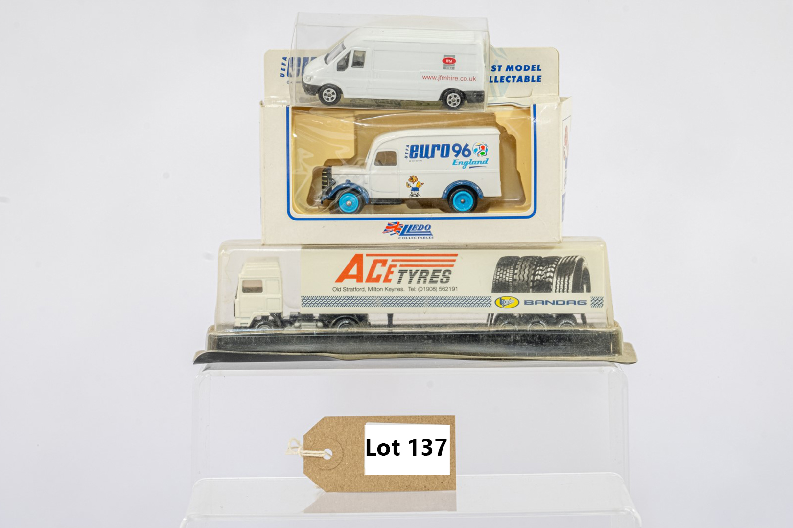 3 x assorted boxed models