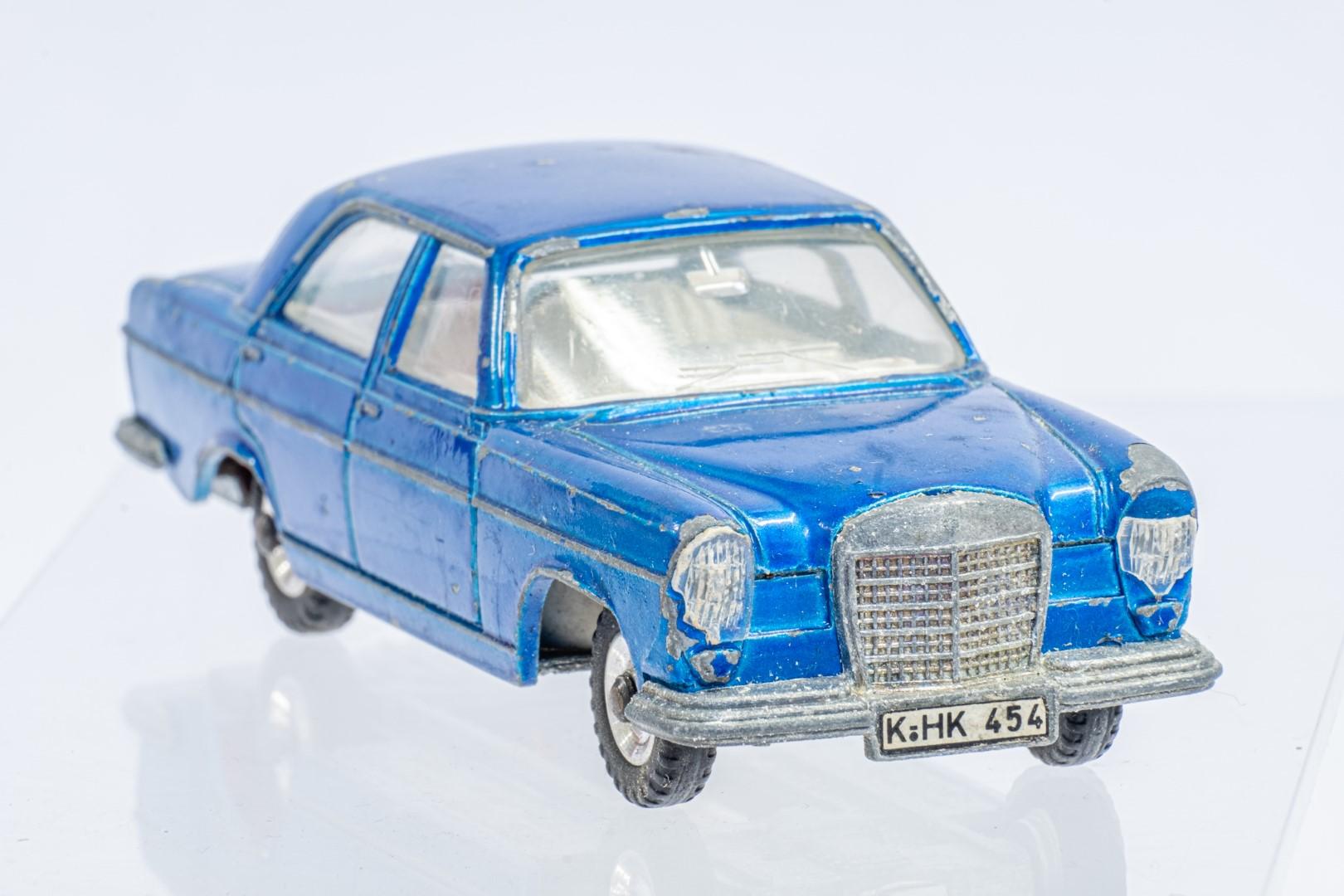 Dinky Mercedes Benz 250 S.E. - Original Box - Image 7 of 7