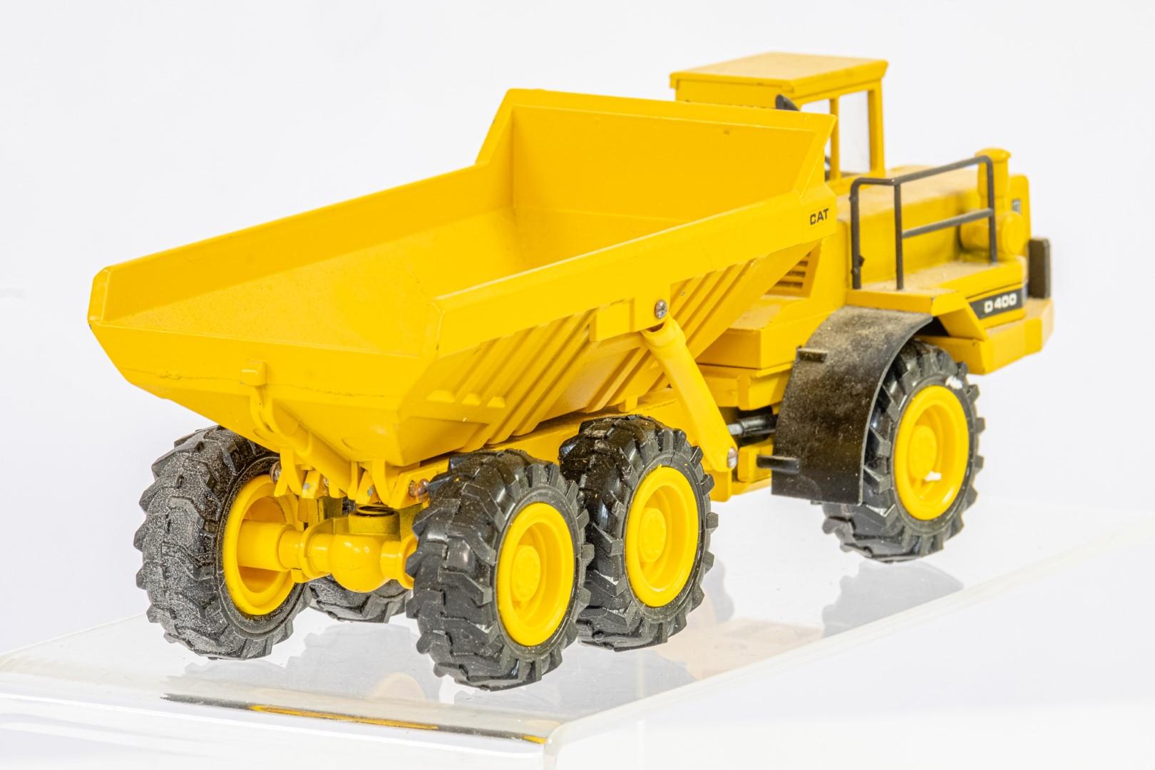 Conrad CAT D400 Articulated Dump Truck - Image 3 of 3
