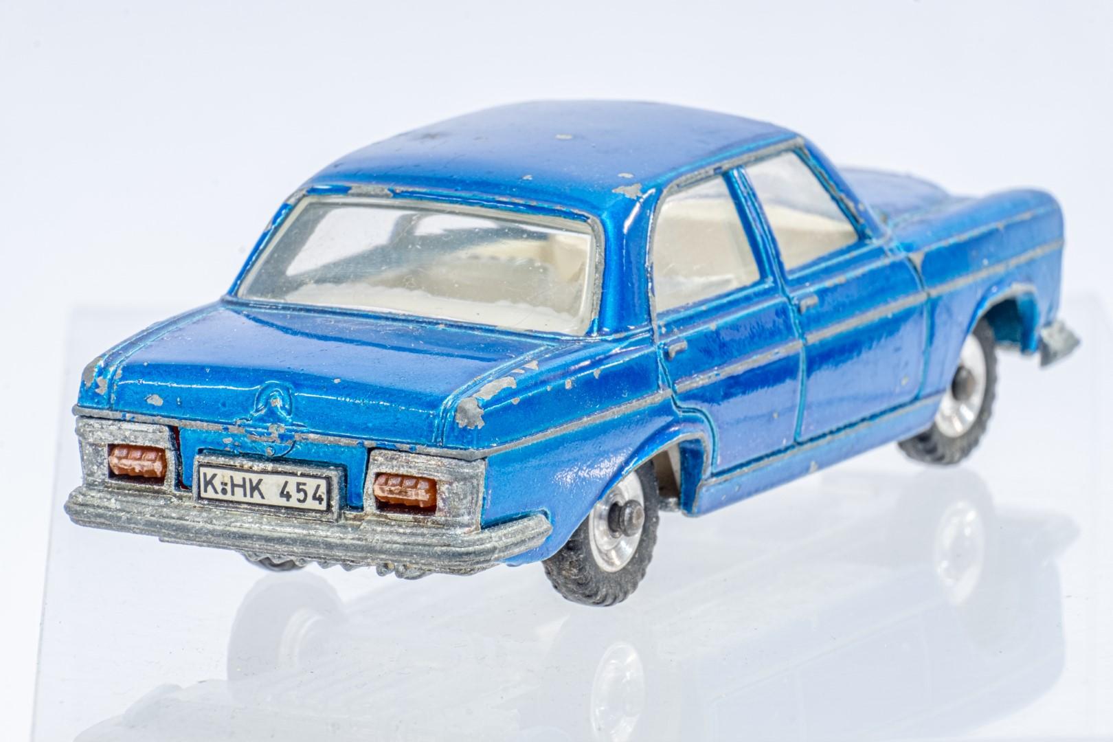 Dinky Mercedes Benz 250 S.E. - Original Box - Image 6 of 7