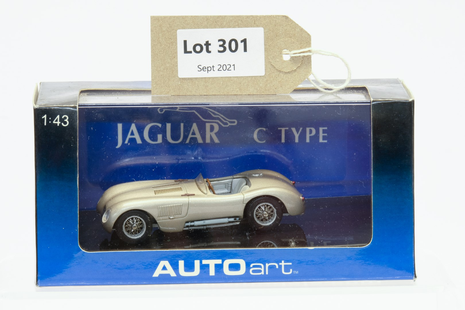 Autoart Jaguar C Type Bronze