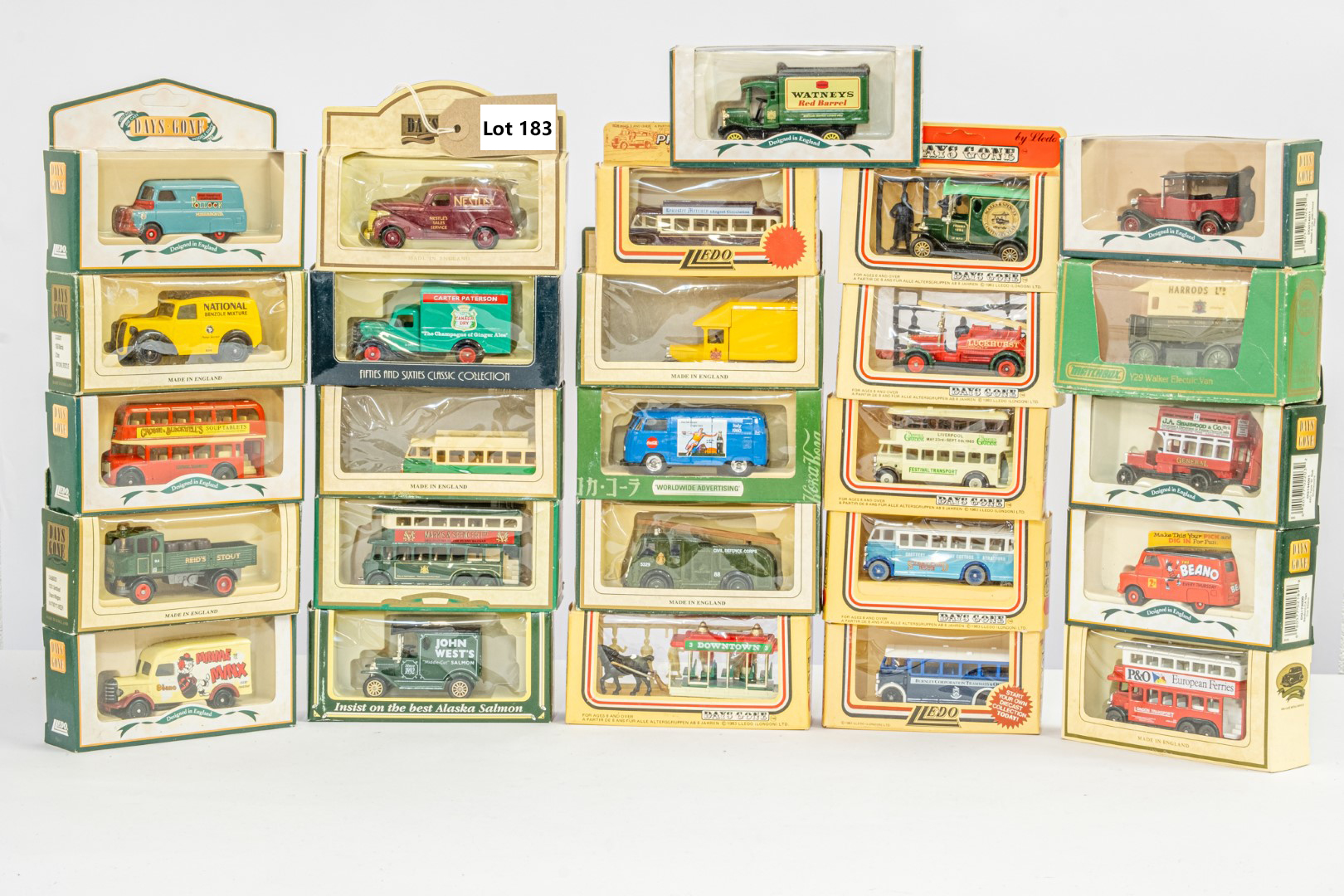 Lledo 26 x Boxed Models