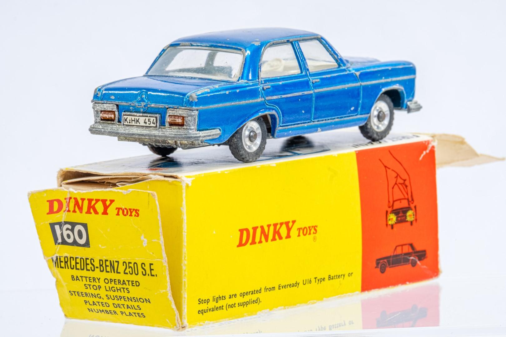 Dinky Mercedes Benz 250 S.E. - Original Box - Image 3 of 7
