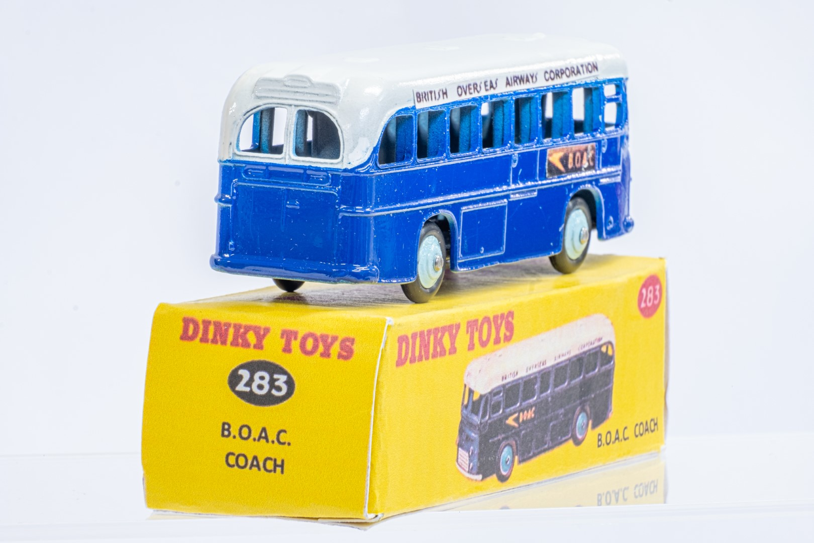 Dinky Single Decker Bus - B.O.A.C. - Code 3 & Reproduction Box - Image 3 of 7