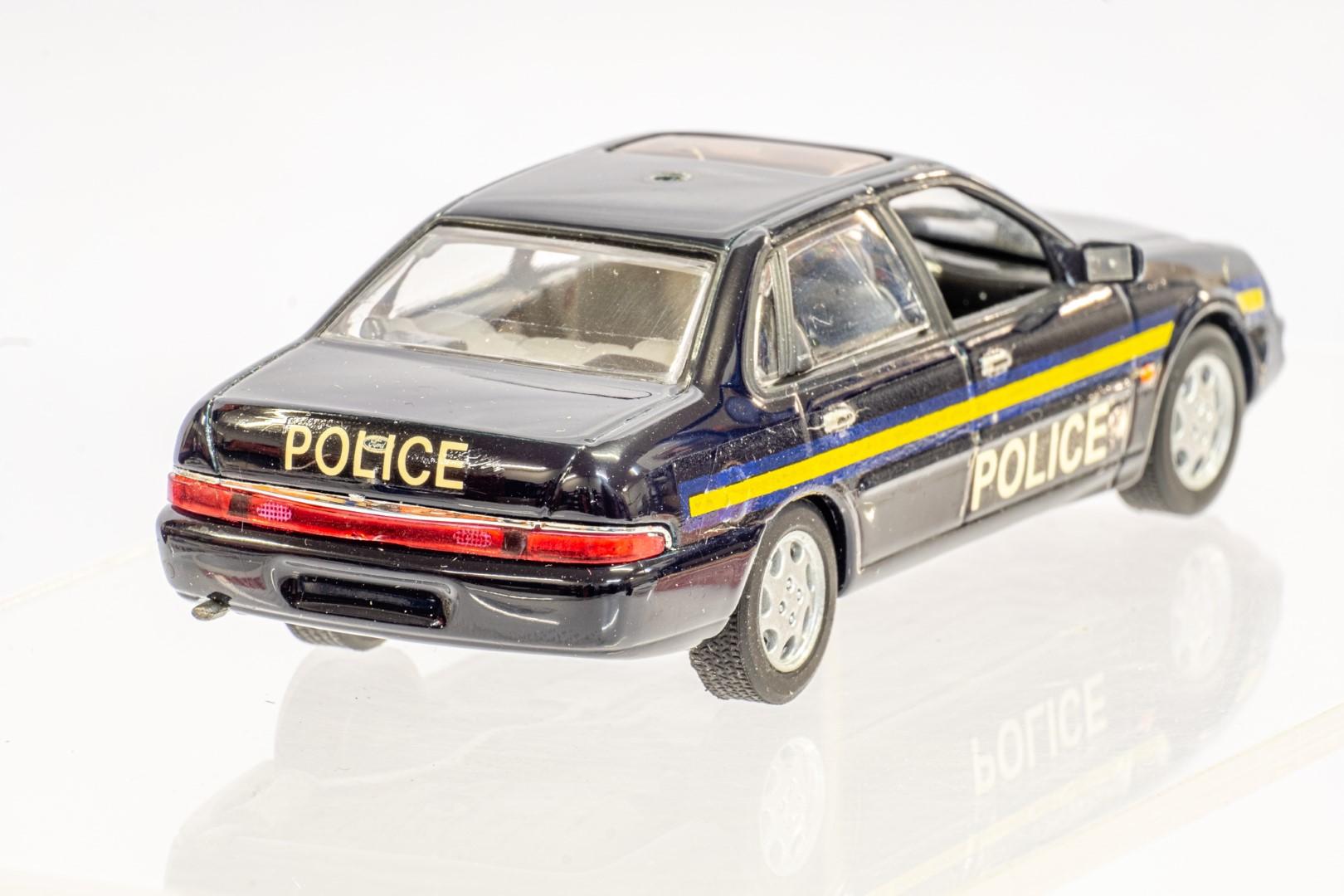 Automax Ford Granada - Police - Code 3 - Image 6 of 7