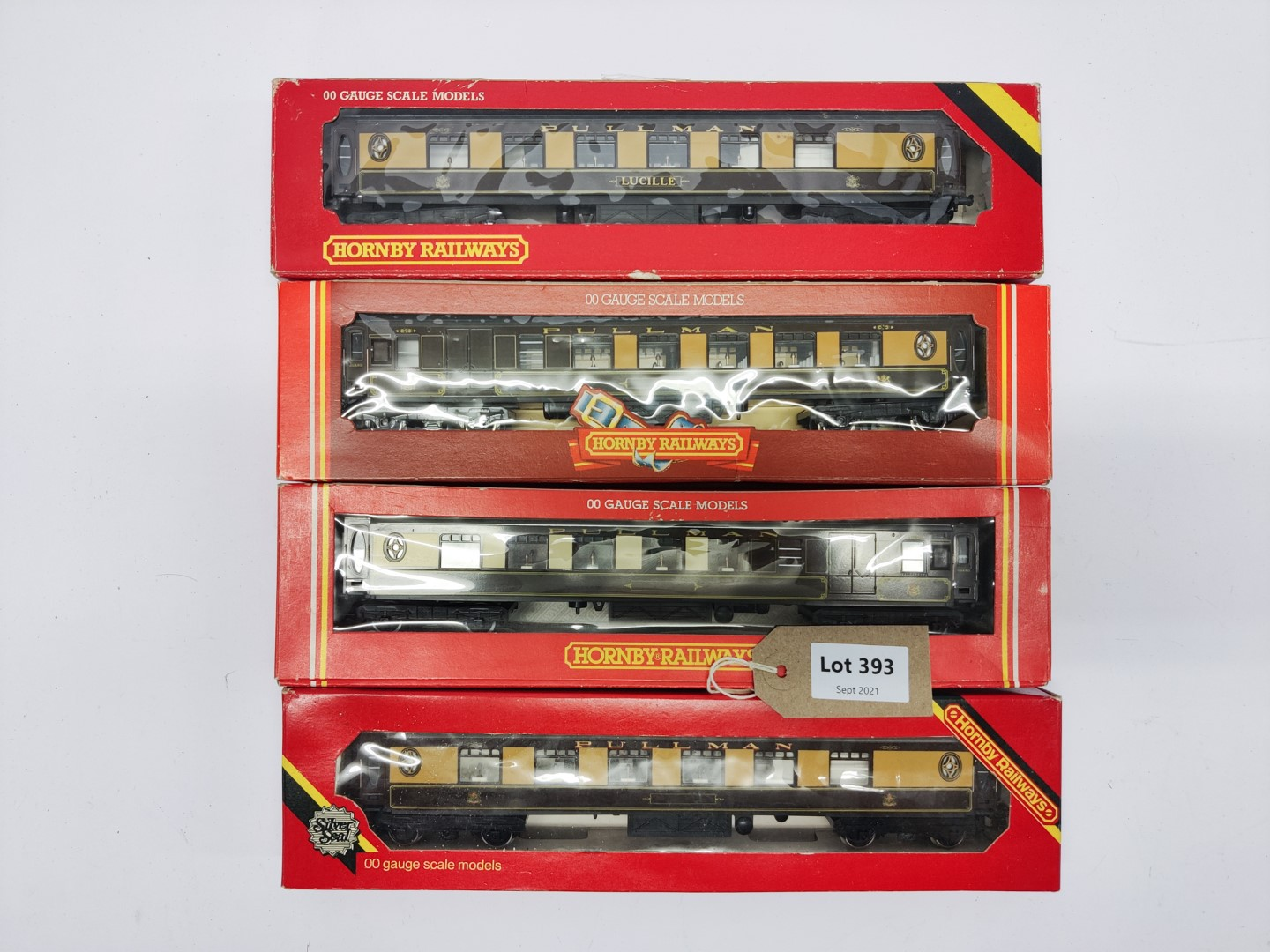 Hornby 4 Assorted Boxed Coaches