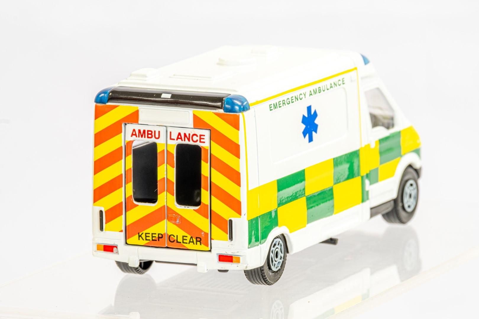 4 x Assorted Ambulance - Image 7 of 9