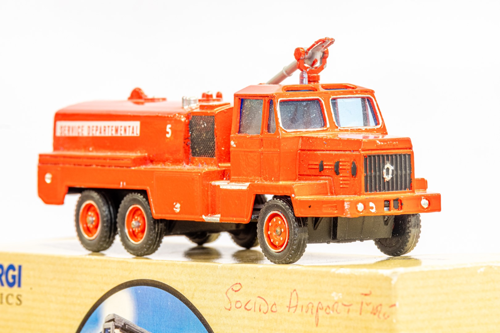 Solido Berliet GBC34 Camiva - Airport Fire - In Wrong Box - Image 7 of 7