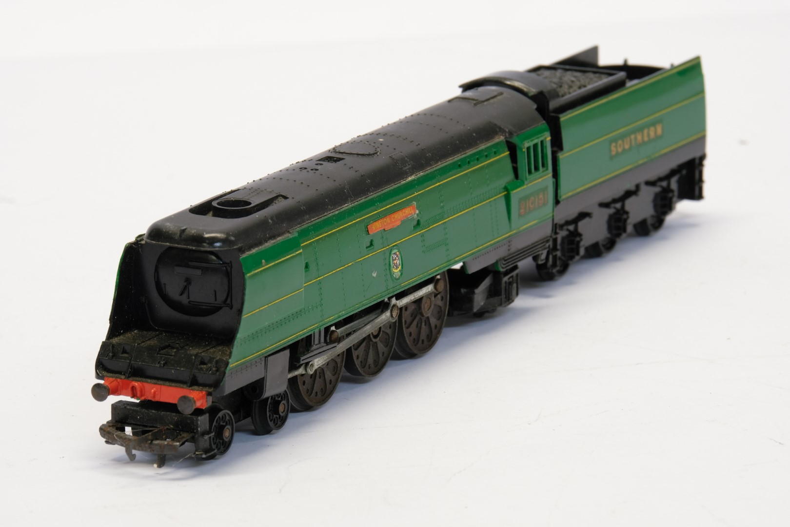 Tri-ang Winston Churchill Locomotive and Tender - Southern - 21C151 - No Box - Image 2 of 3