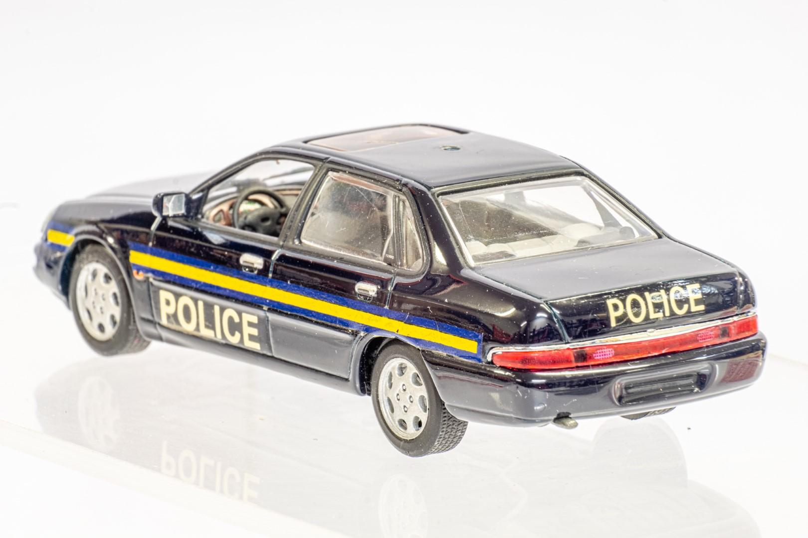 Automax Ford Granada - Police - Code 3 - Image 5 of 7