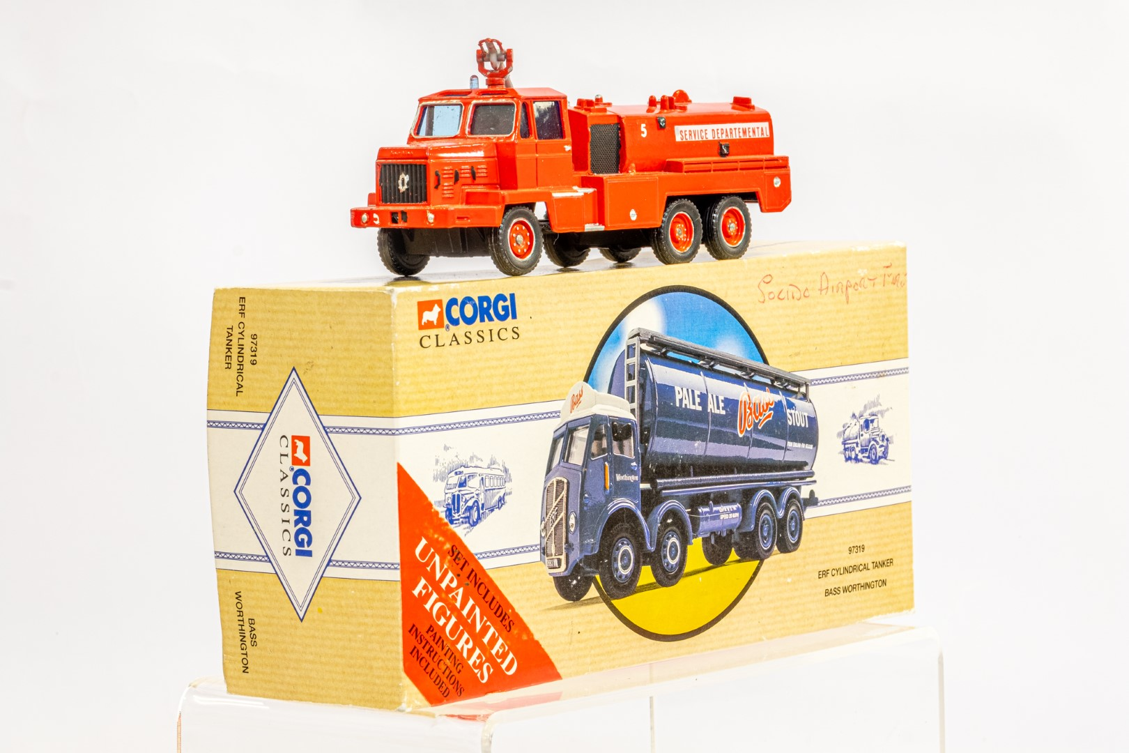 Solido Berliet GBC34 Camiva - Airport Fire - In Wrong Box - Image 2 of 7