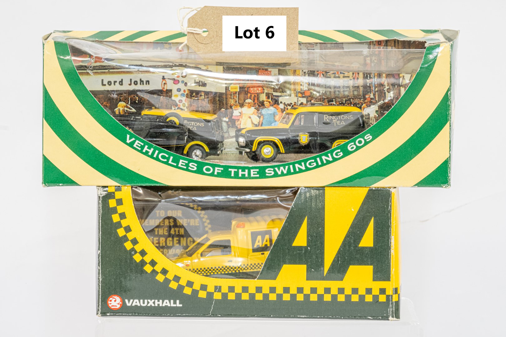 Lledo Ringtons Set & Vauxhall Brava AA