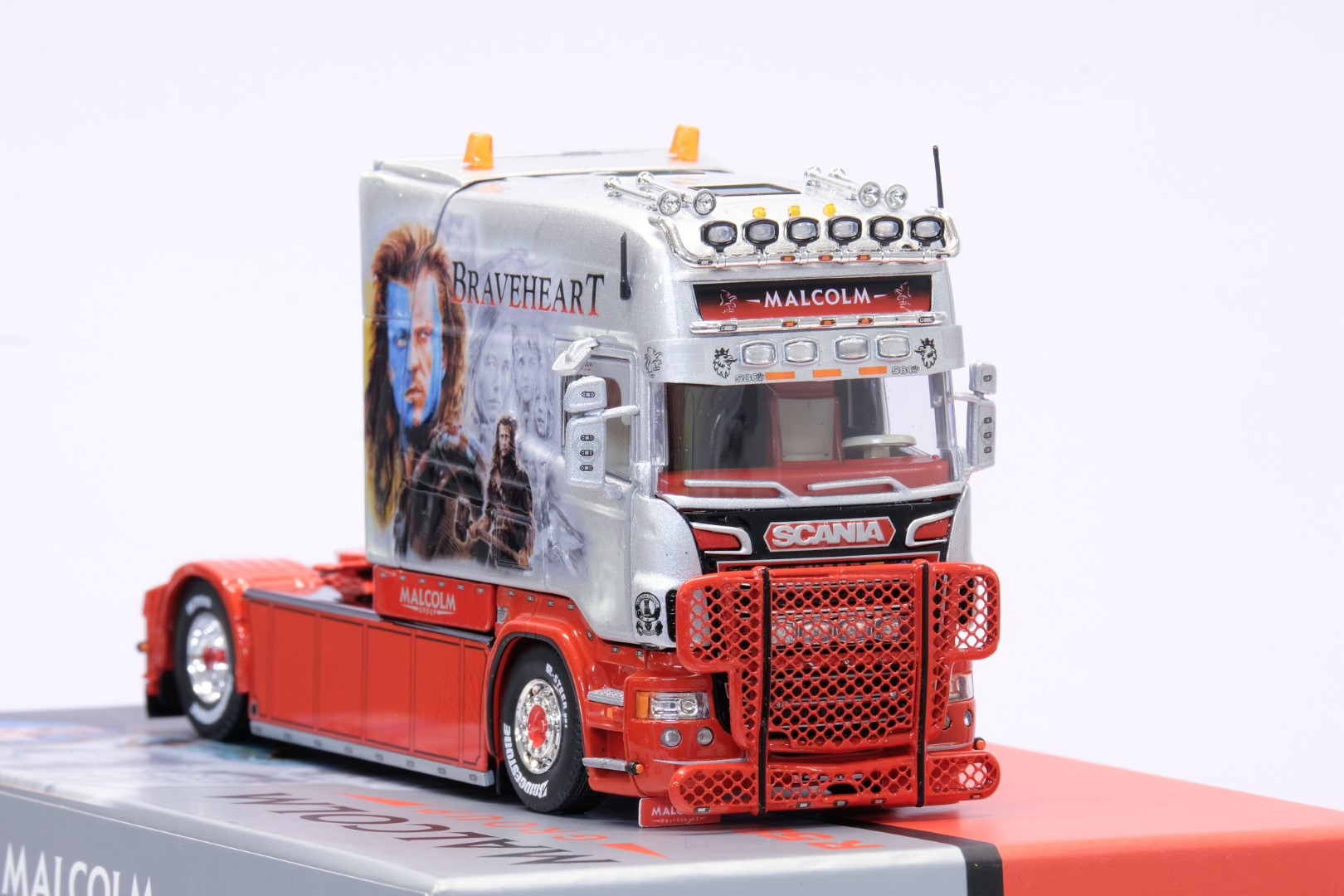 Tekno Scania R-series Longline - W.H. Malcolm Braveheart - Image 5 of 6