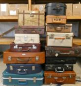 15 various suitcases and briefcases (15).