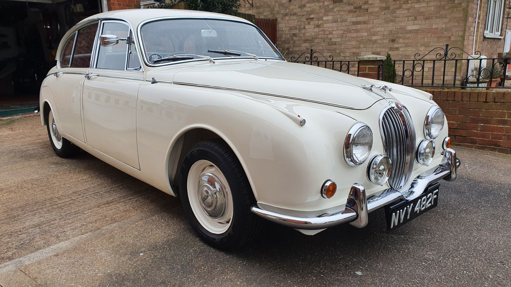 Classic Car and Motorcycle Online Auction starting at 14.00 on 13th March 2021