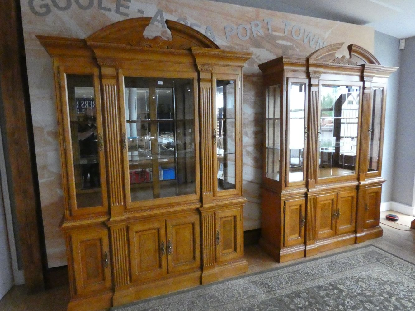 Victoriana, Home Furnishings, Cameras, Clocks and Ceramics