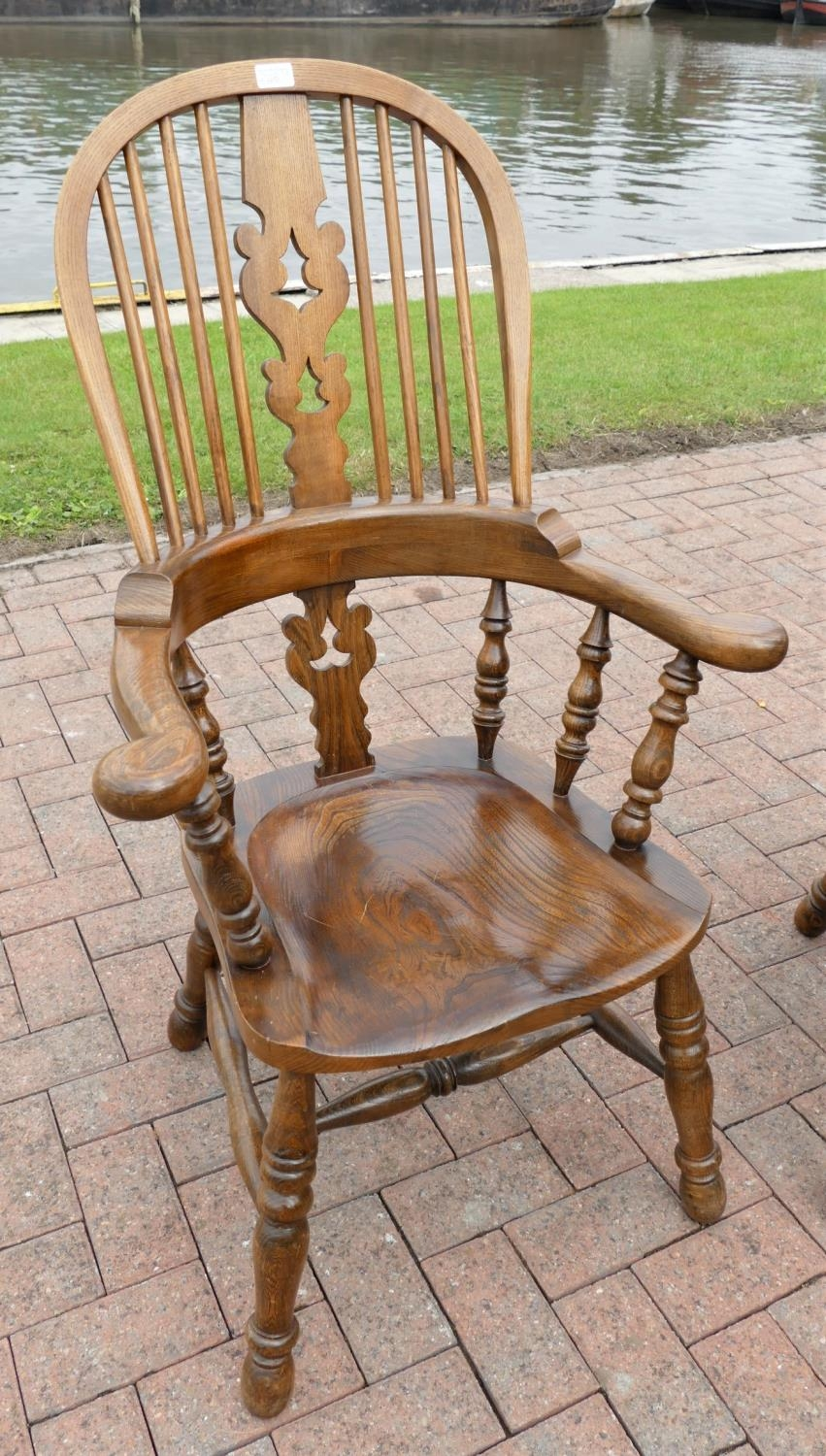 A pair of country oak farmhouse Windsor armchairs. seat height 42cm, seat depth, 42cm, - Image 3 of 3