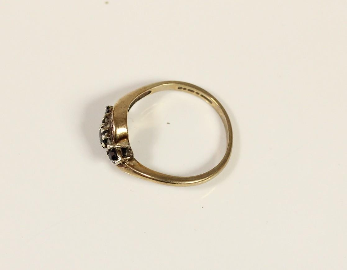 A 9ct gold sapphire and diamond crossover ring, P, 3gm - Image 2 of 2