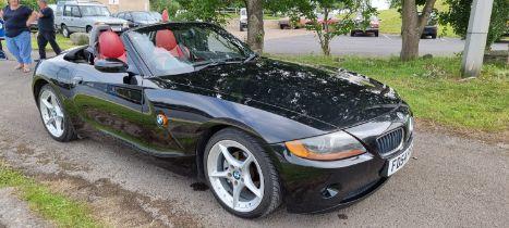 2004 BMW Z4 2.2i SE, 2171cc. Registration number FD54 PFE. Chassis number WBABT12070LP80092. PFE was