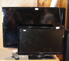 A Samsung 32inch TV (model number LE32B450C4W), together with an Hitachi 22inch TV (model number