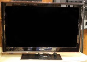 A Samsung (UE40B7000WW) 40 inch HD 1080p TV, with Dolby digital plus (no remote control unit)