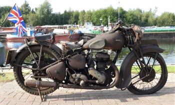 1937 Ariel VB sidevalve De Luxe, 597cc, project. Registration number EKK 411. Frame number XF 10549.