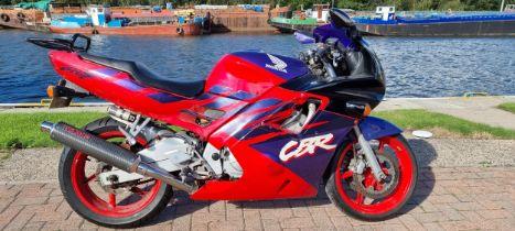 1993 Honda CBR600 F2, 599cc. Registration number L402 MNH. Frame number PC25 2210813. Engine