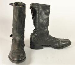 A pair of Lewis Leather short motorcycle boots, size 9, 30 cm