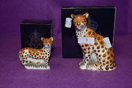 Two Royal Crown Derby paperweights. Cheetah and Cheetah Cub, both boxed and with gold stoppers