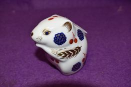 A Royal Crown Derby paperweight Harvest Mouse with gold stopper