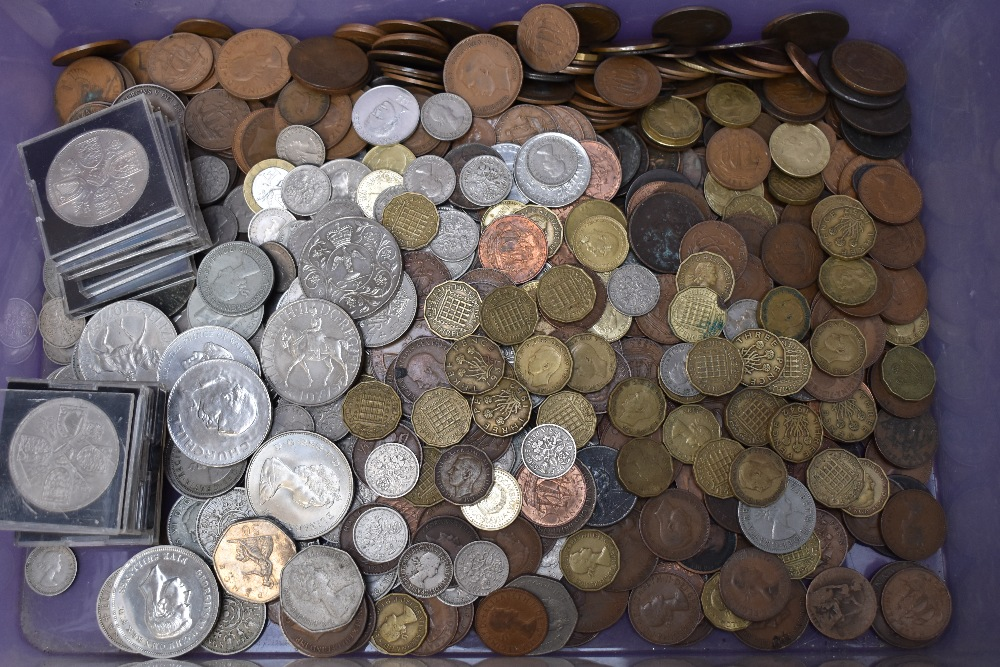 A large collection of mainly GB Coins, copper, brass & silver, approx 15 ounces of pre 1947 silver - Image 4 of 4