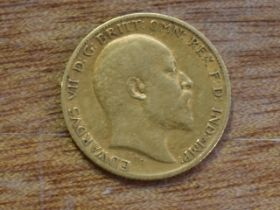 A 1905 Edward VII Gold Half Sovereign and a collection of mainly GB Coins, Pennies, Halfpennies