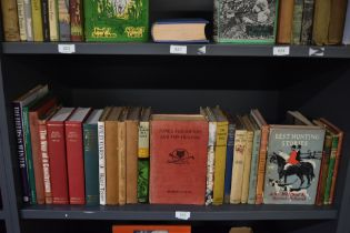 Hunting and Sporting. A large selection; monographs and literature. Condition mixed. (25)