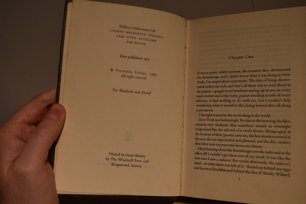 Scarce First Edition. Lucas, Victoria [Plath, Sylvia] – The Bell Jar. London: William Heinemann Ltd. - Image 7 of 7