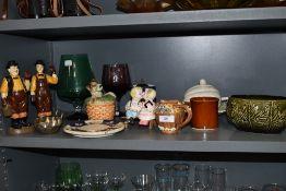 An array of vintage items including novelty dog preserve pot, Wedgwood leaf dish with lid, Laurel