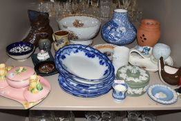 A vintage ceramic Royal Winton dressing table set, various antique blue and white plates and a