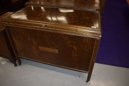 A vintage oak and ply bedding box, width approx. 96cm