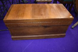 A traditional stripped bedding box having integral drawers, dimensions approx. W97 H47 D47cm