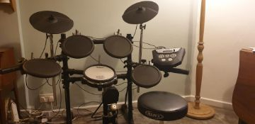 Roland TD-6V Electric Drum Kit/ Module. Pads, pedals, frame, stands, leads and stool included 4 x